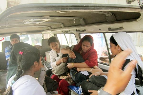 acid-victim-inside-the-ambulance-with-teacher-and-classmates