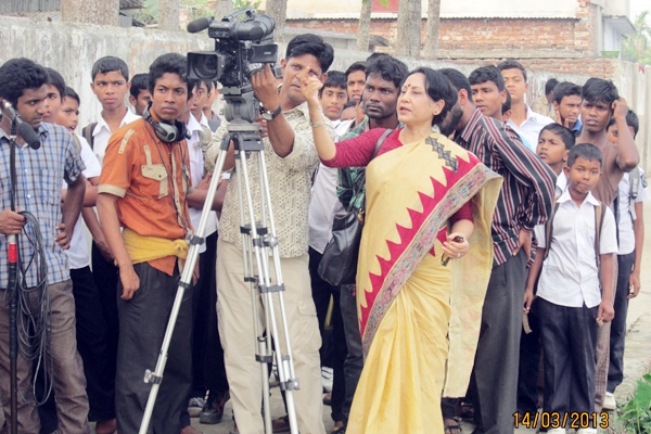 giving-direction-to-the-cameraman