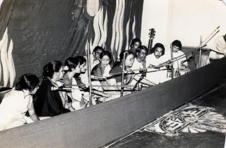 22-cultural-program-in-santiniketan-by-bangladeshi-students-1986