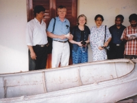 1111111-in-front-of-the-boat-at-rabindranaths-home-shelaidaha-kuthi-bari-with-prof-joseph-oconnell-prof-kathleen-oconnell-and-others
