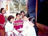 2222-giving-autograph-after-a-literay-conference-in-santiniketan-1983