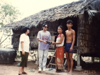 helping-a-poor-family-un-missoin-cambodia-1993