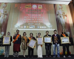 Group photo with winners at the International Film Festival on Women, Social Issues and Zero Discrimination 2016 held in Jakarta on 7 March 2016.